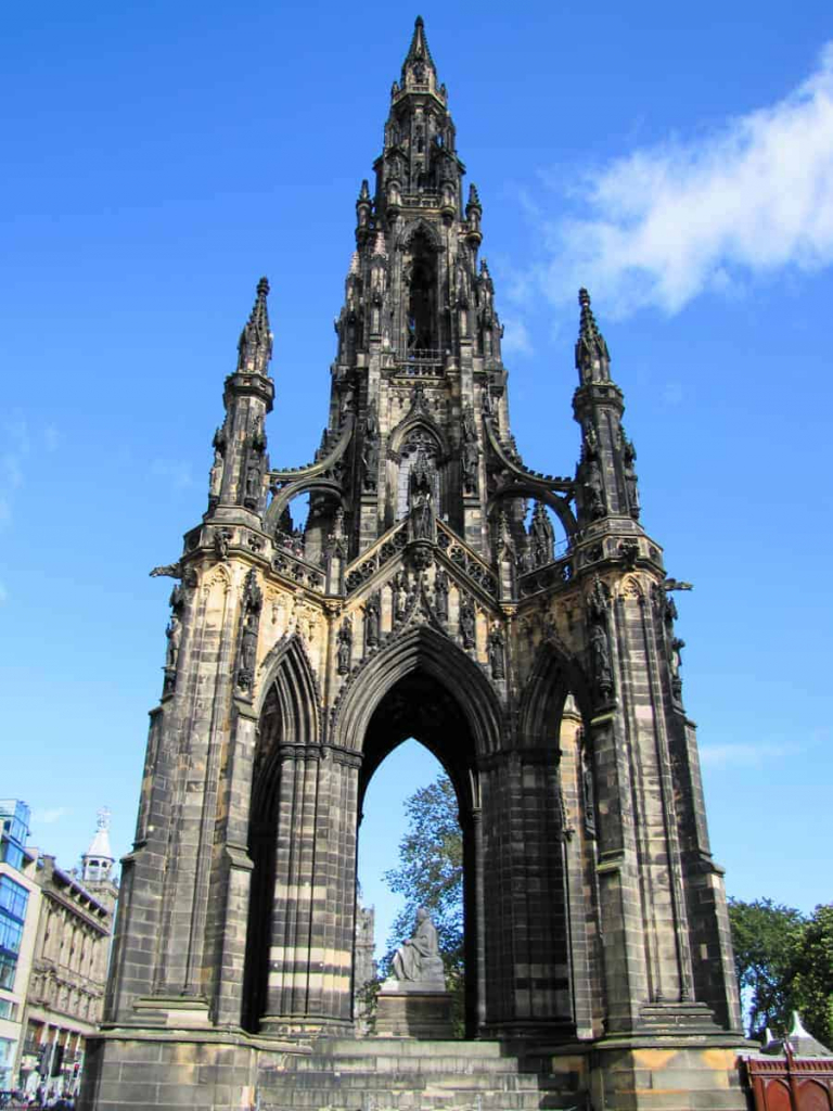 The Scott Monument from outside