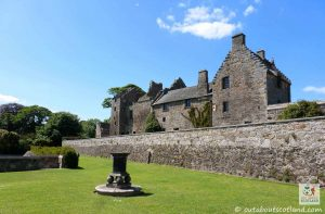 Aberdour Castle (8 of 17)