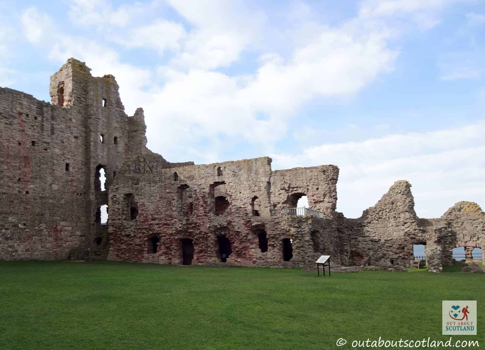 Tantallon Castle (5 of 25)