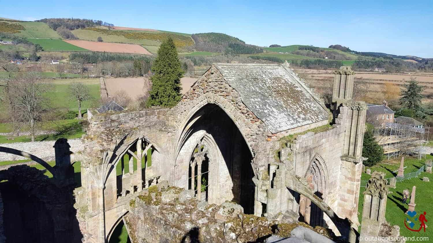 Melrose Abbey (6 of 9)